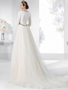 Western Luxury Stylish Long Sleeve White Lace Wedding Dress Bridal pictures & photos