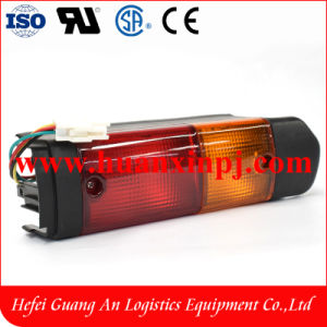 Forklift 8fd Tail Lamp 12V for Toyota with 2 Colors pictures & photos