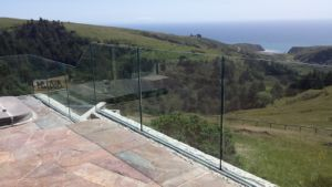 Embeded U Base Channel Swimming Pool Fence pictures & photos