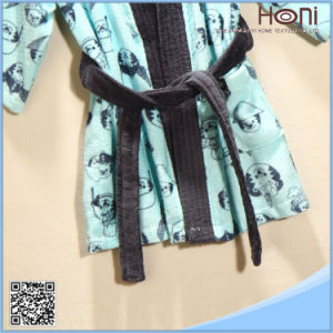 Newest Design Hotel Bathrobe for Kids pictures & photos