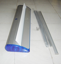 Aluminum Alloy Roll up Stand Banner Display Standee with Good Price pictures & photos