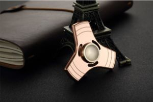 Good Price Low Noise Color Metal Finger Toy Figet Spinner for Restless Hands pictures & photos