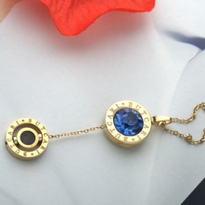Stainless Steel Women′s Jewelry Fashion Round Crystal Charms Necklace Pendant pictures & photos