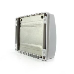 Epever 10A/20A/30A 12V/24V Solar Controller/ Regulator with Ce/Rhos Vs1024A pictures & photos