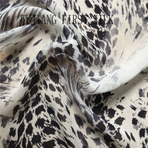 2018 Printed Silk Georgette Fabric Silk Ggt Fabric, Silk Chiffon Fabric, Silk Georgette Fabric, Silk Fabric pictures & photos