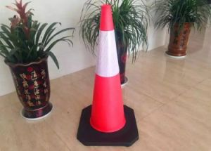 100 Cm PE Traffic Cone with Rubber Base, Flexible Fluorescent Safety Durable Road Cones with Good Price pictures & photos