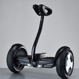 Xiao Mi Two Color Electric Scooter with Handle Portable pictures & photos