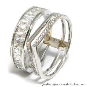 Fashion 925 Silver Rings with Irregular Shape AAA CZ (R10600) pictures & photos