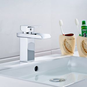 Flg Unique Sanitaryware Basin Waterfall Bathroom Faucet Chrome Vessel Faucet pictures & photos