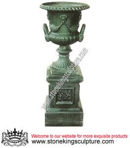Cast Iron Vases with Artistic Pedestal, Garden Flowerpots (SK-7605A, B, C) pictures & photos