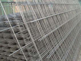 Welded Wire Mesh Panels (constuction material)