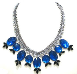 Fashion Rhodium-Plated Acrylic Stone Chunky Necklace (HNK-130524)