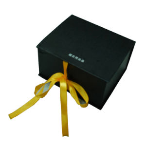 2mm Thickness Cardboard Gift Box with Customized Ribbon Closure pictures & photos