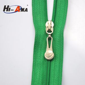 SGS Proved Products Custom Cord Zipper Puller pictures & photos