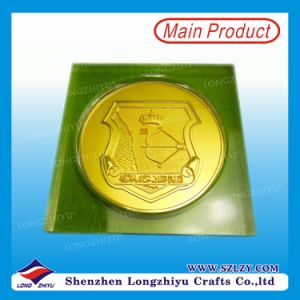 Fashionable Color Enamel Souvenir Coin Customized Masonic Coin with Wooden Box pictures & photos