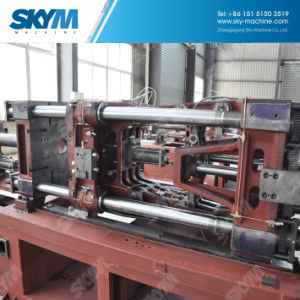 Automatic Plastic Injection Molding Machine / Machinery / Equipment (BST-3850A) pictures & photos