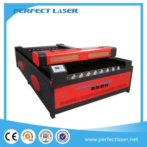 Large Size CO2 Laser Cutting Machine for Garment and Fabric pictures & photos