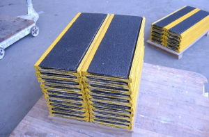 GRP Pultruded Profiles Stair Nosing, Fiberglass Nosing pictures & photos