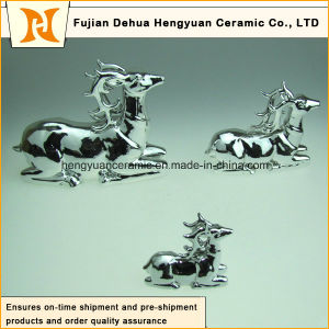 Ceramic Milu Deer Sculpture for Christmas Decor pictures & photos