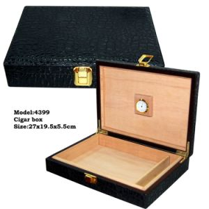 Luxury Wooden Custom Factory Cigar Box with Locker (4399) pictures & photos