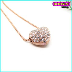 2015 Rose Gold Jewelry Custom Heart Pendant Necklace with Crystal pictures & photos