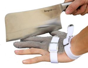 3 Finger Chain Mail Protective Anti-Cut Glove-2380 pictures & photos