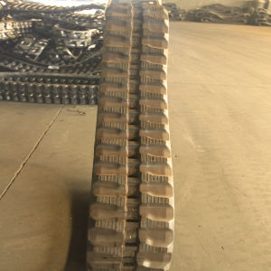 250*96 Construction Machinery Rubber Track pictures & photos