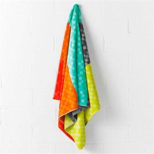 High Quality Soft Custom Made Jacquard Beach Towel pictures & photos