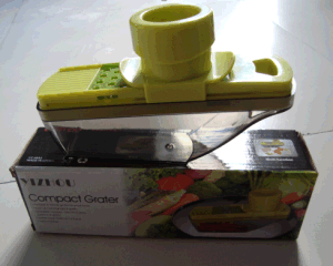 2015new Design Multifunctional Garlic Presses Compact Grater pictures & photos