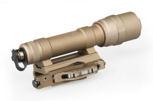 M620 Ultra Scout Light Rail-Mountable LED Weapon Flashlight Light pictures & photos