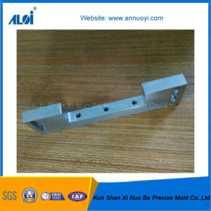 Customed Precision CNC Turned Aluminum Bracket pictures & photos