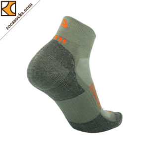 Men′s Coolmax Cotton Quarter Crew Socks (162008SK) pictures & photos