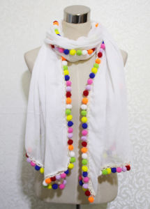 2017 Spring New Fashion Colorful POM-Poms Cotton Polyester Scarf (YKY1164) pictures & photos