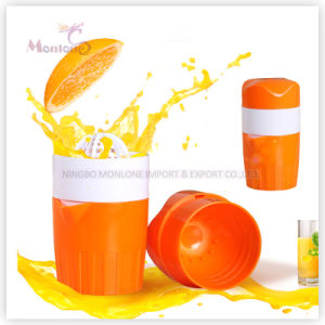 Cooking Tools Plastic PP Manual Orange Lemon Juicer 9*9*17cm pictures & photos