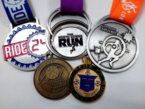 Customized Zinc Alloy Medallions for Competition Rewards pictures & photos