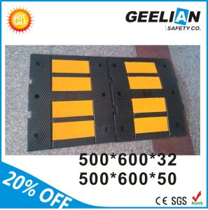 100% Recycled Rubber Traffic Safety Speed Bumps pictures & photos