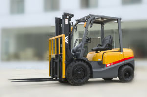 2ton Diesel Forklift Tcm Appearance with Mitsubishi Engine for Sale pictures & photos