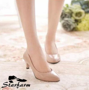 Pure Color Pink Lady Pointed Heels pictures & photos