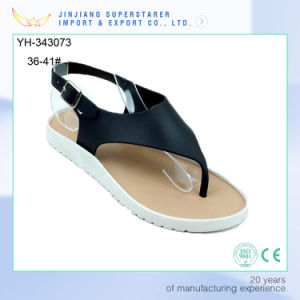 Superstarer Clip Toe PVC Upper Strap Ladies Teen Girls Flat Sandle pictures & photos