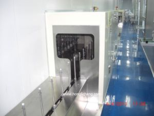 Fixed-Gun UV Automatic Spray Painting Line for Tablet PC pictures & photos