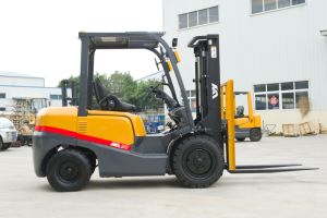 3ton Diesel Forklift Truck with Tcm Style & Technology pictures & photos