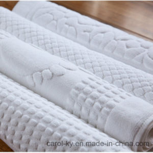Embossed Pattern Hotel Textile Hotel Towel pictures & photos