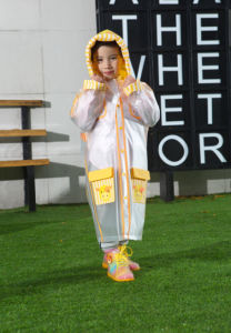 Transparent PVC Yellow Sheep Raincoat for Kids/Children