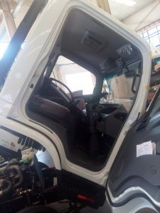 2 Ton Light Truck for Right Hand Drive pictures & photos