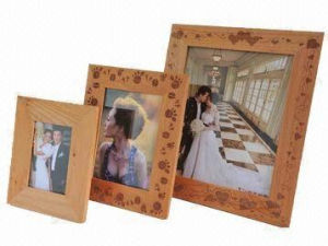 Unpainted Wooden Frames with Laser Engraving Pattern pictures & photos