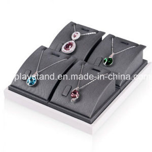 Black Leather Pendant Necklace Display (XL-002) pictures & photos