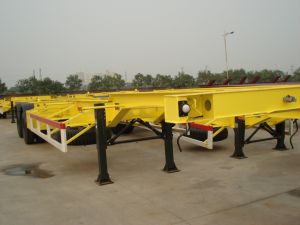 3 Axles Skeleton Chassis /40FT Flatbed Container Semitrailer pictures & photos