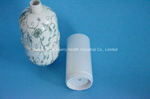 Bath Shower Filter with Combined Kdf, Carbon and Calcium Material to Wippe of Chemicals and Bacterials pictures & photos