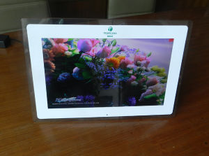 15.6 Inch Digital Photo Frame with HDMI Input pictures & photos