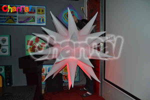 Lighting Inflatable LED Star for Sale (Chad504) pictures & photos